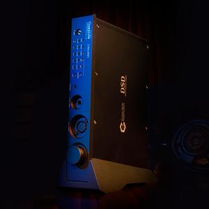 Подставка для Questyle CMA400i