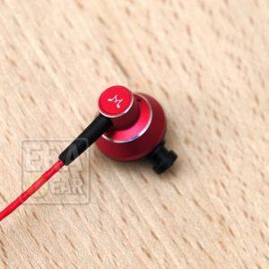 SoundMagic ES20 Red