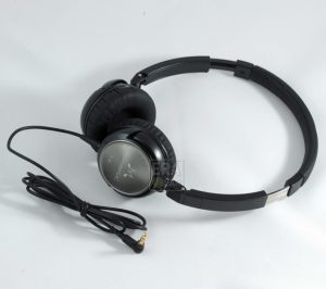 SoundMAGIC P30 Black